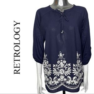 Retrology 3/4 Sleeve Navy White Embroidered Top